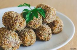 Croquetas de boniato y almendras con rebozado sin gluten y sin freír